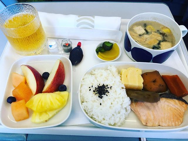 """Photo of SML on Instagram: """"Pictures of meals on board should work hard to save a mess #finnair #finnland #helnr …"""