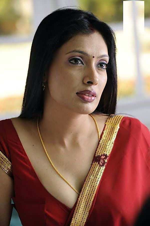 South Indian bhabhi red saree