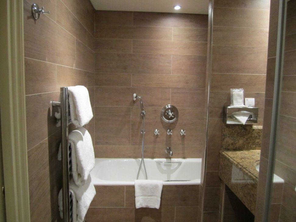 Bathroom Tile Design Ideas For Small Bathrooms And Coastal Living ...