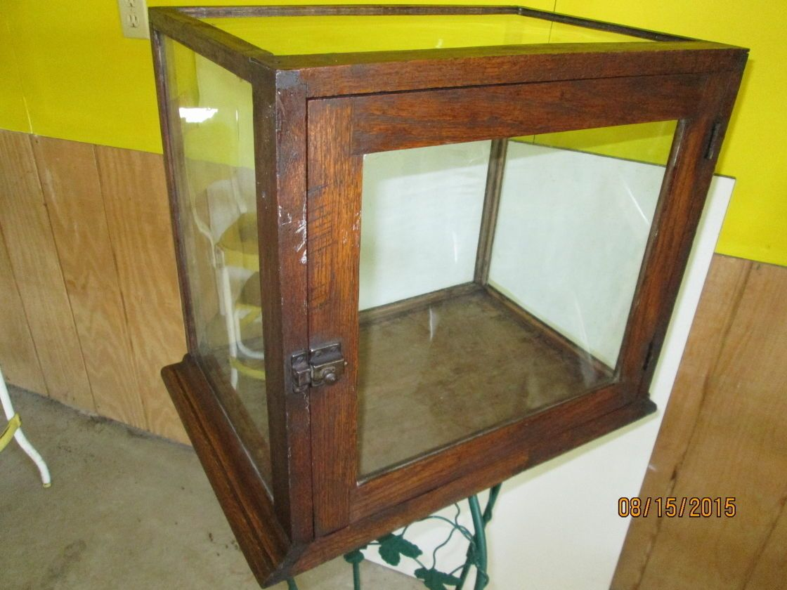 ANTIQUE GLASS & OAK COUNTER TOP DISPLAY CABINET vintage 1900's PICK-UP ONLY