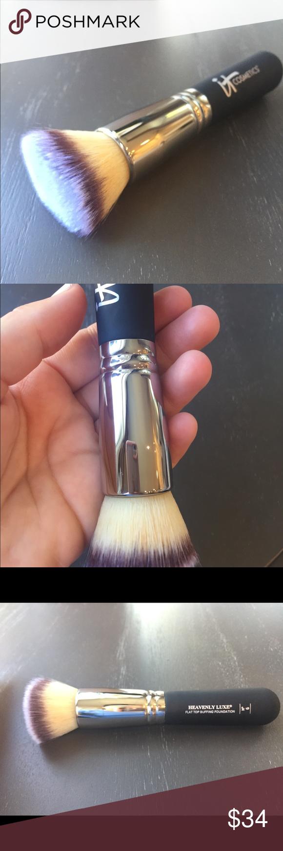 It Cosmetics Buffing foundation brush Foundation brush