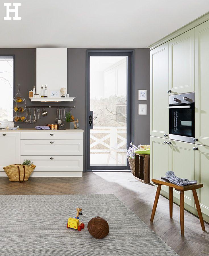 Schlichtes Weiß mit zartem Frühlingsgrün #Küche #Traumküche #idee - offene küche planen