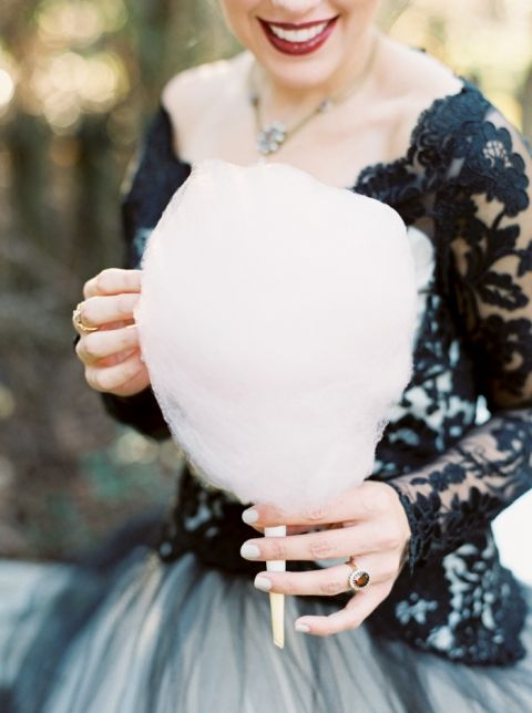 Adorable Cotton Candy Station for a Fun Wedding