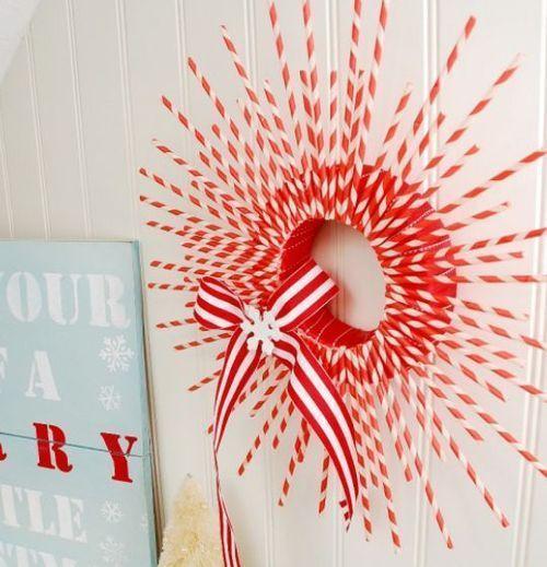 24 DIY Christmas Wreath Ideas - Easy, cheap and cute!