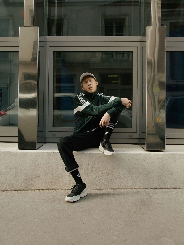 Eddy de Pretto est le nouveau visage de la YUNG 96 d'adidas