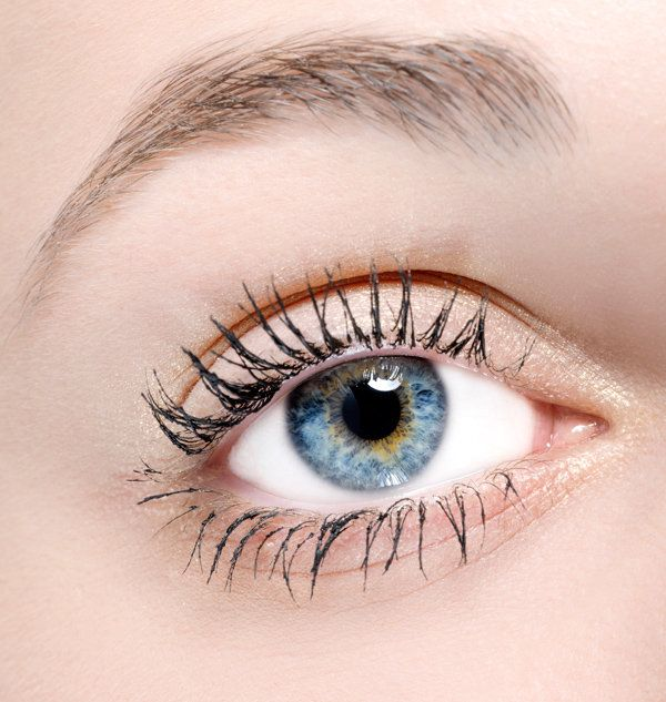 4612b348caa How to score long lashes with over-the-counter serums - Yahoo ...