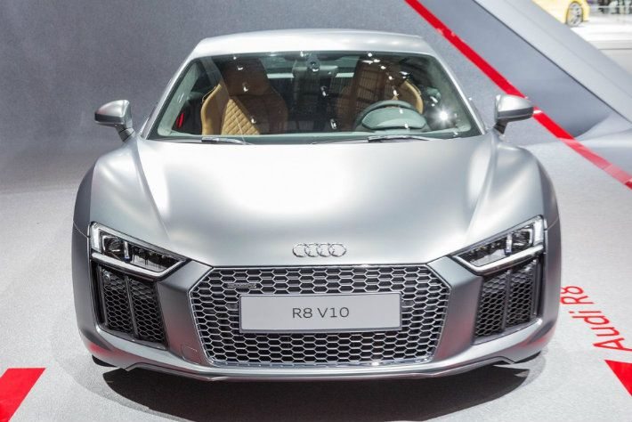 Bigger, Lighter, And Faster: Audi R8 2017. Audi R8Expensive CarsMost ...