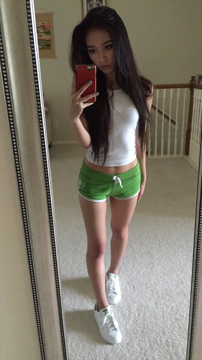 asian girl nude Tiny