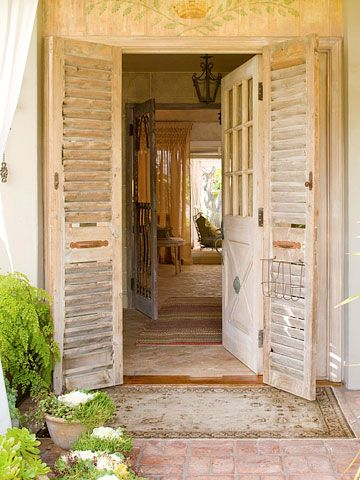 House Tours: From Plain Ranch to Cottage Charm   Oriental rug ...