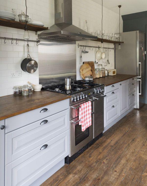 Küche #Küchen #LaminatKontor #Laminat #Parkett #Inspiration Küchen - Parkett In Der Küche