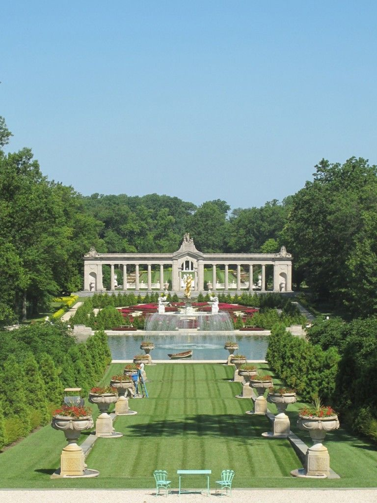 The grand axis at Nemours Mansion in Delaware | Formal ...