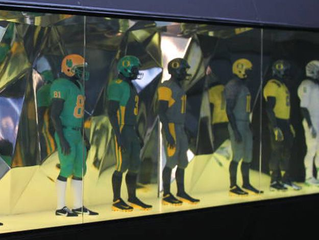 History of Oregon Football Uniforms Oregon ducks