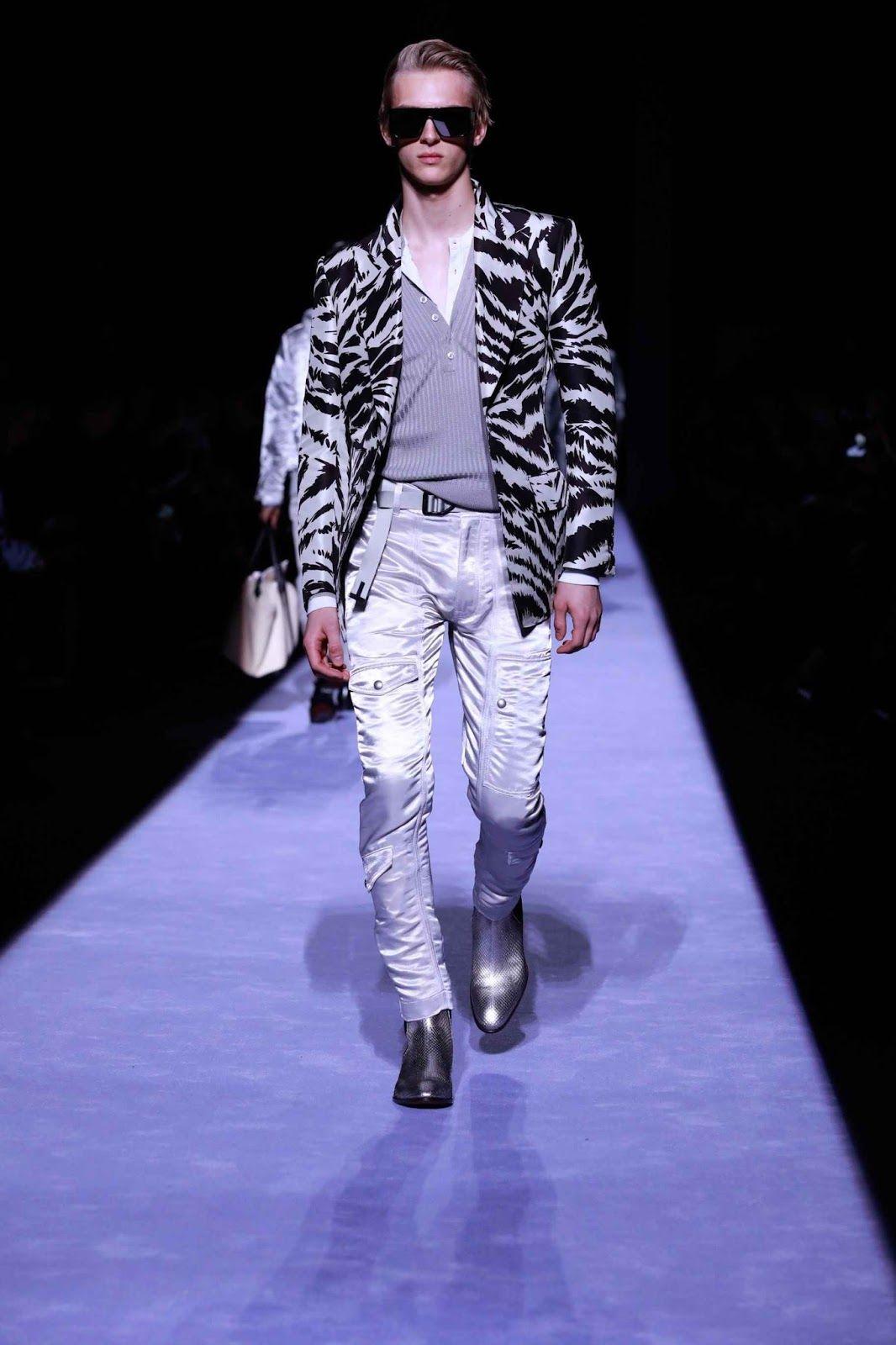 08523ec46b Tom Ford Fall-Winter 2018-2019 - New York Fashion Week - Male Fashion Trends