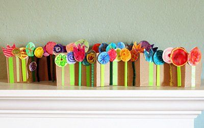 Spring Flowers Collage and 19 other craft ideas