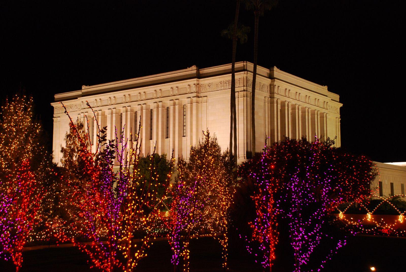 Mesa Arizona Temple with Christmas lights. The Church of Jesus ...