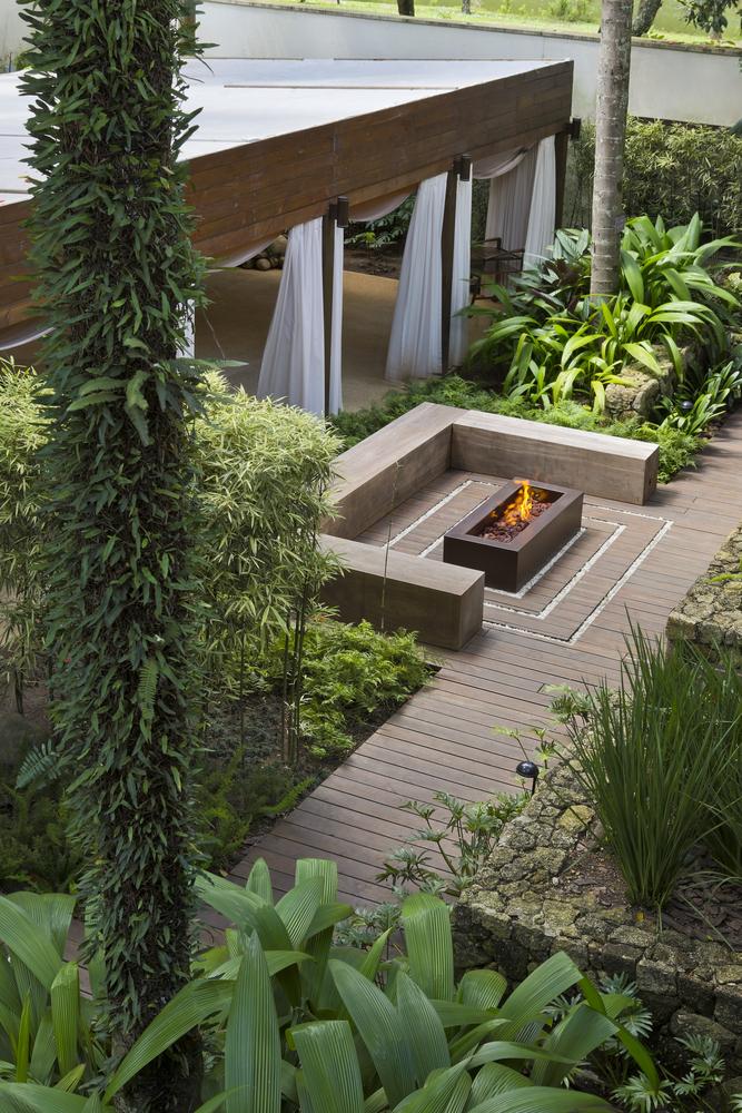 gallery of kennzur spa zize zink arquitetura 42 contemporary garden contemporary cottage on zink outdoor kitchen id=60724
