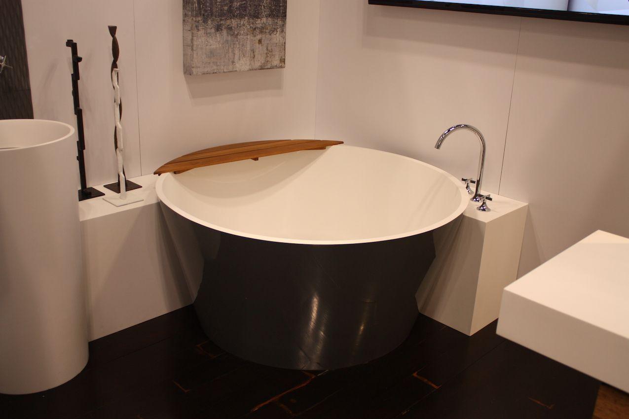 Die Neuesten Badezimmer Design Trends Sind Funktional Und Fantastisch Badezimmer Grun Badezimmer Design Neues Badezimmer