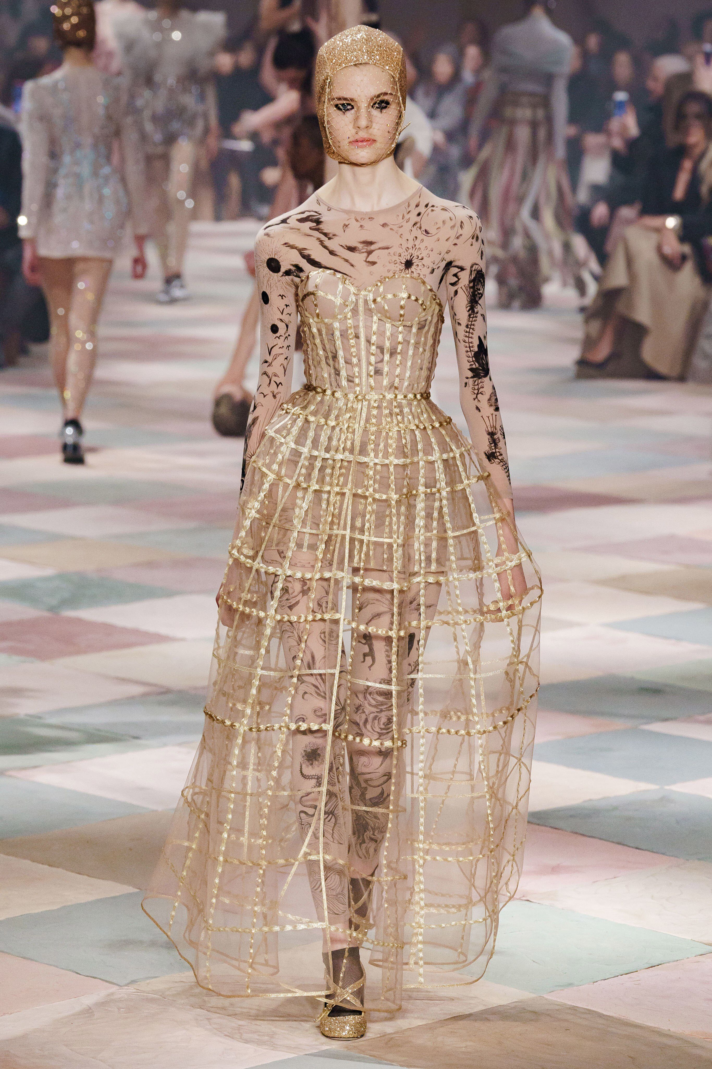 62311245 Christian Dior Spring 2019 Couture Fashion Show Collection: See the  complete Christian Dior Spring 2019 Couture collection. Look 54