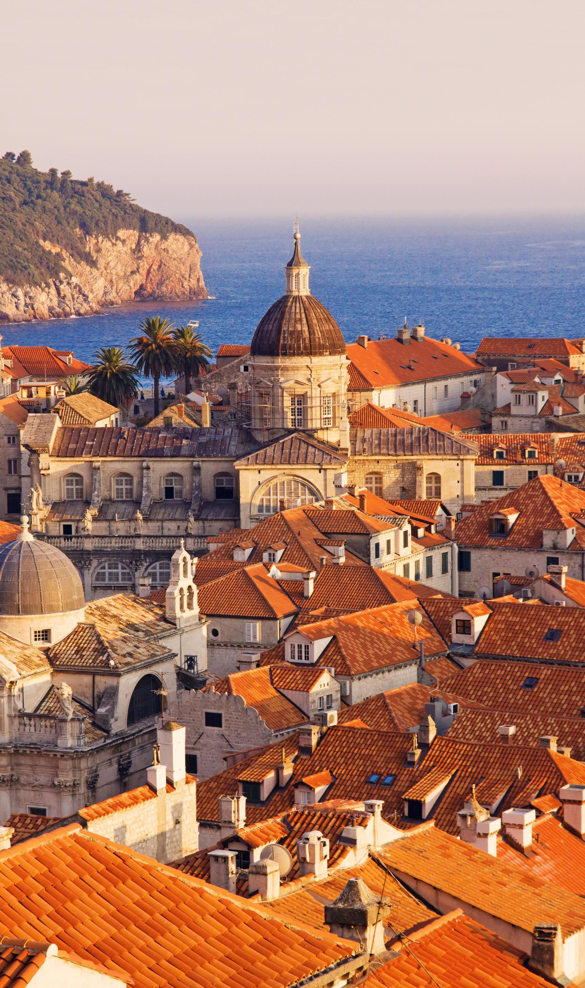Discover dubrovnik old town guided walking tour - Croatia Favourites Travel To Dubrovnik Old Town And Experience The Beautiful Scenery At Sunset
