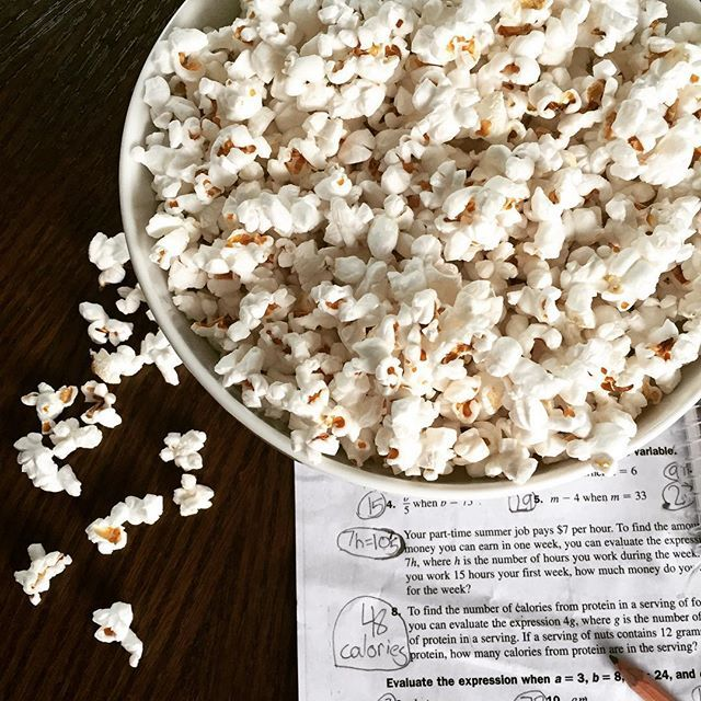 After school snack: stovetop popcorn cooked in coconut oil and finished with sea salt.  Simple, tastier and more nutritious than chemical-laden microwave popcorn.  On the blog! #vegan #vegetarian #glutenfree #dairyfree #nongmo #pamelasalzman