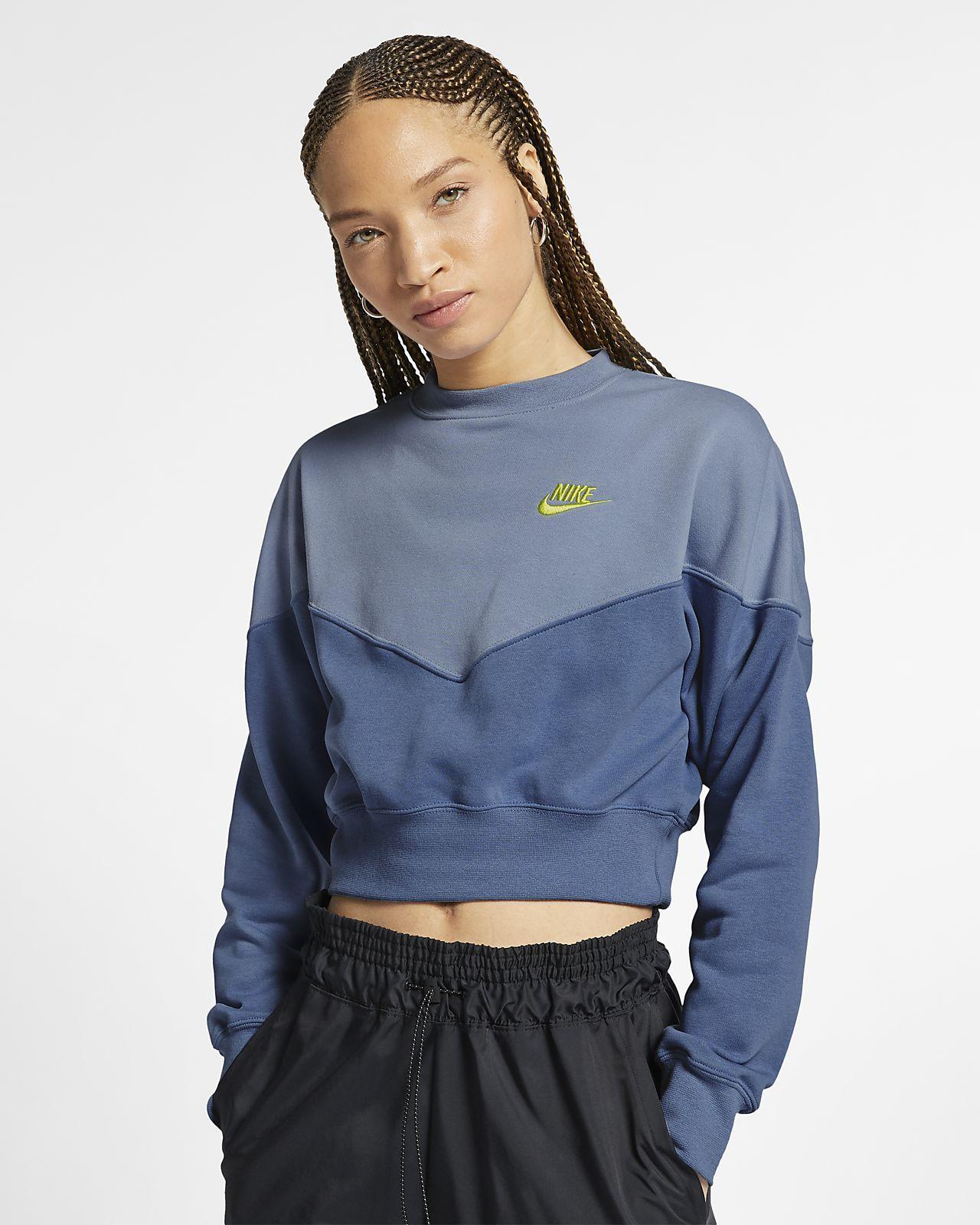 0a1c883f Nike Women's Fleece Crew Sportswear Heritage in 2019 | •Clothes ...