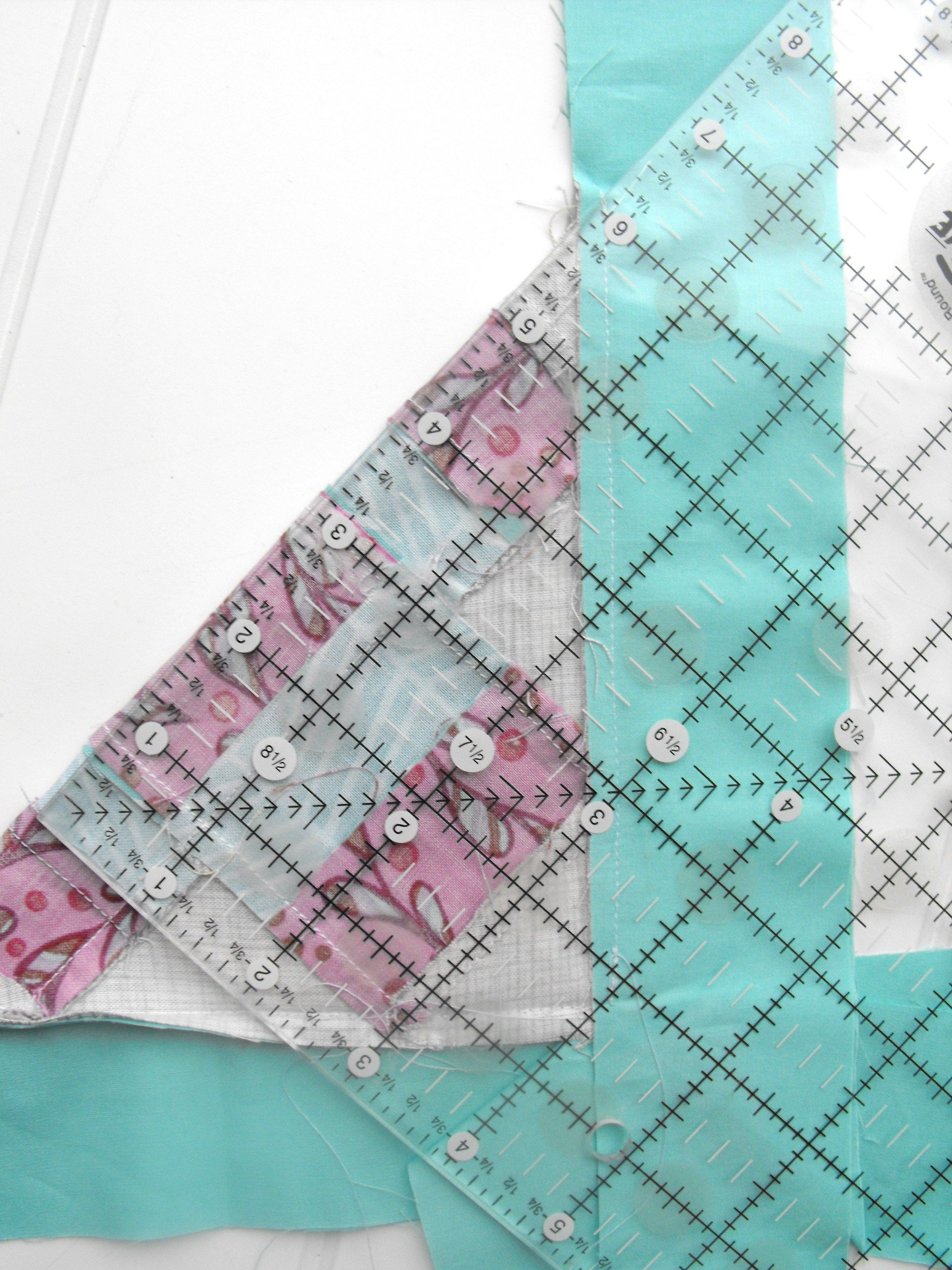 Mitered Corners on Quilt Borders: Sewing Tutorial   Quilt border ... : mitered quilt binding - Adamdwight.com