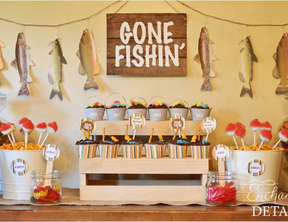 Fishing birthday gone fishin 39 birthday party for Fishing themed party supplies
