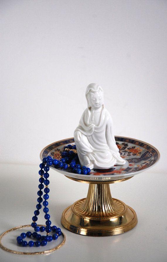 KIMI Jewelry Pedestal, Asian Figurine Catch All, Japanese Jewelry Dish, Oriental Decor, Jewelry Stand, Earring Holder, Geisha Boudoir
