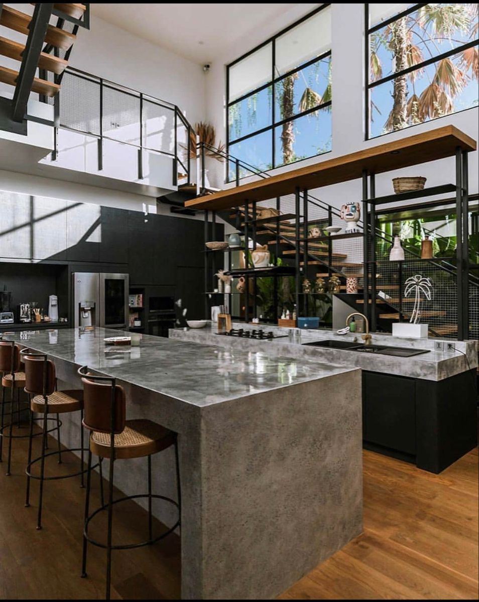 Dark Grey Kitchen Design Marble Isle Countertop Open Ceiling Window Glass Staircase Em 2020 Cozinhas Modernas Casas Design De Casa