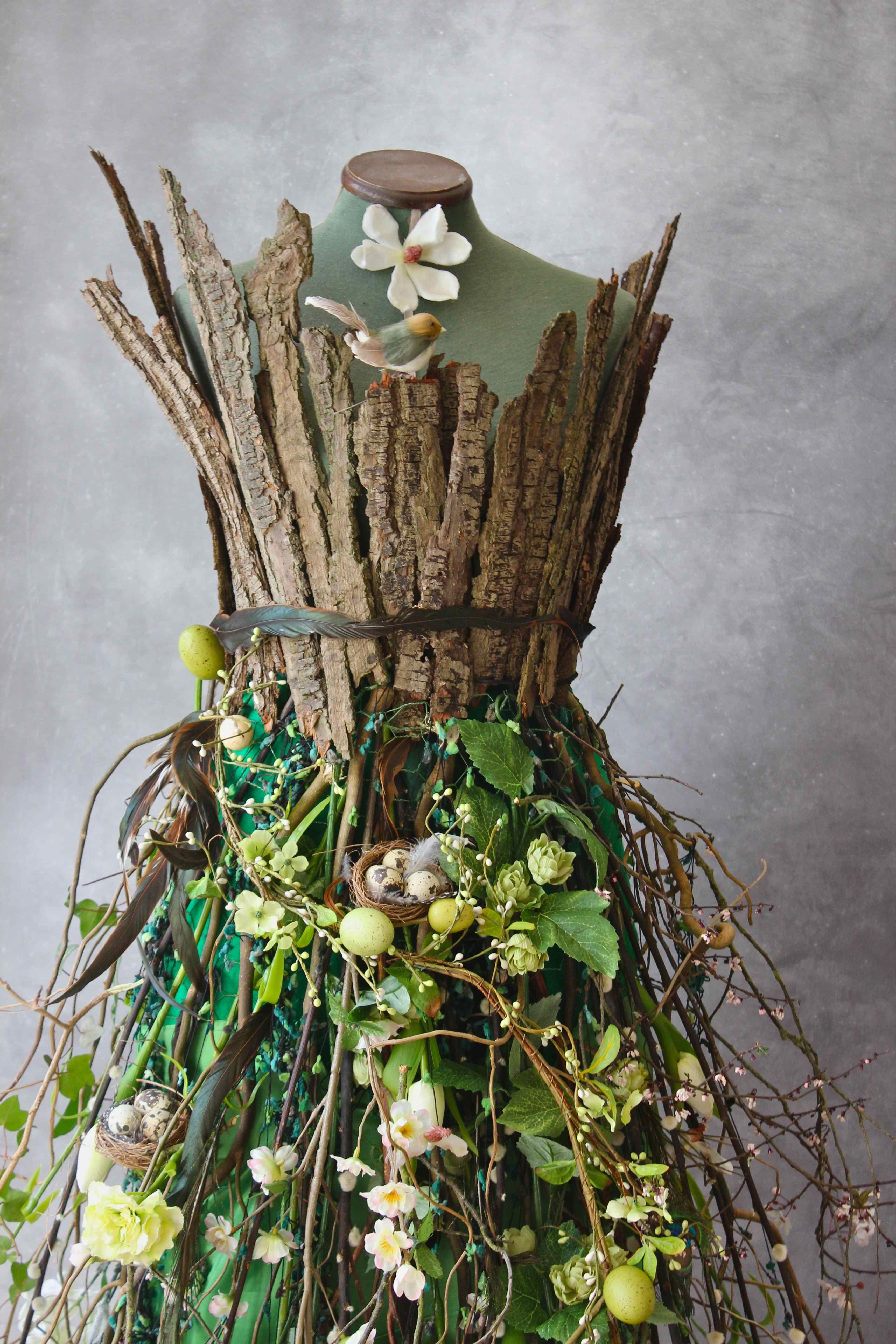 Living Spring Dress And Corset Bark