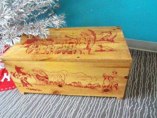 Western Bedroom Tank Toy Box Or: Vintage 1940 50s Cowboys And Indians Pine Toy Box Western
