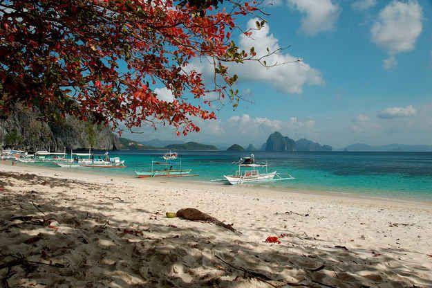 Esta playa necesita al menos nueve filtros de Instagram para verse decente.