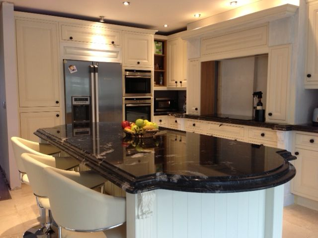 A Country Kitchen Using Cosmic Black Polished Granite