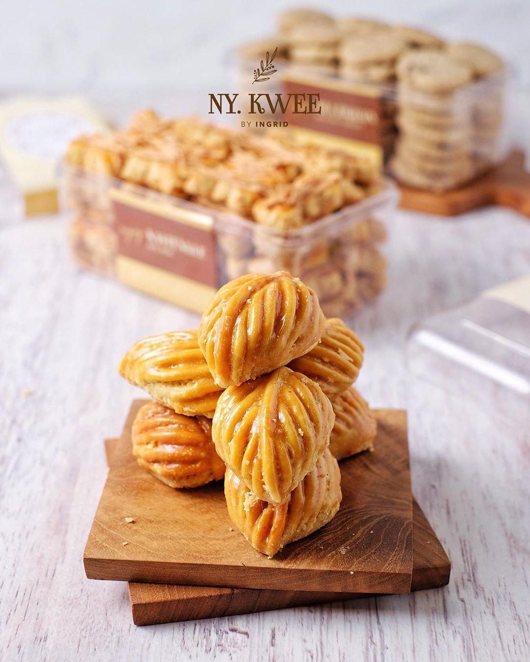 Yang Tercantik Diantara Deretan Kue Kering Ny Kwee By Ingrid Nih Nastar Daun Yang Selalu Bikin Penasaran Setiap Orang Fotografi Makanan Ide Makanan Makanan
