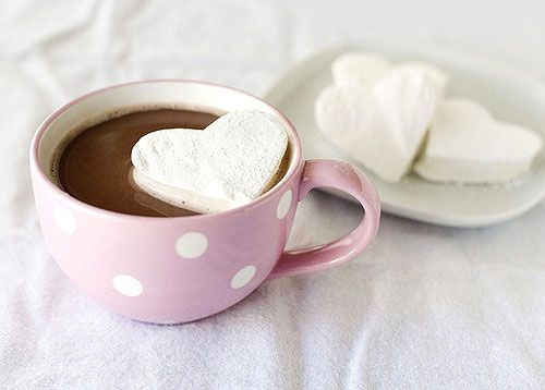 Heart marshmallows and coffee