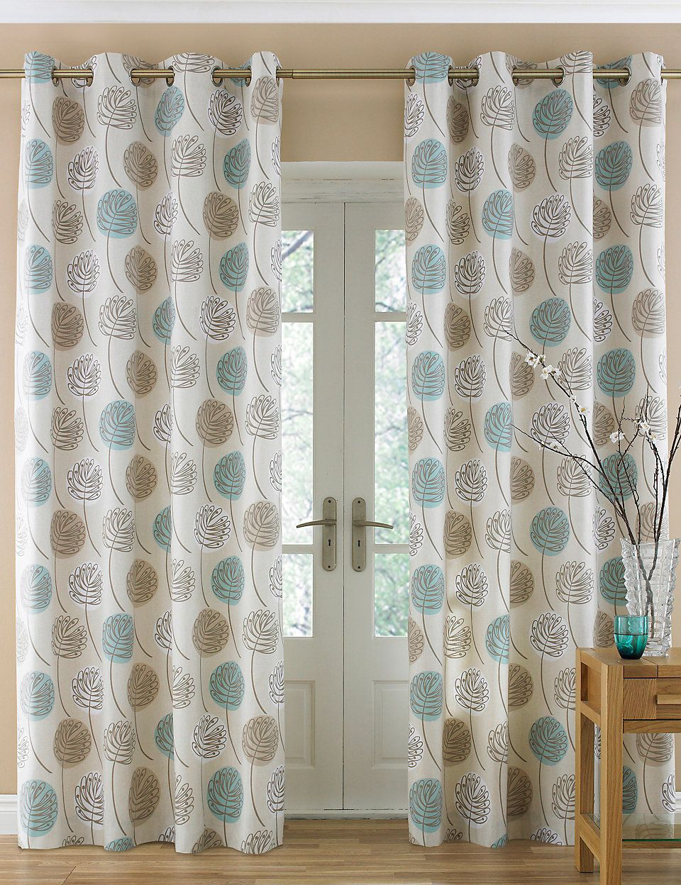Contemporary Leaf Eyelet Curtains Bedroom