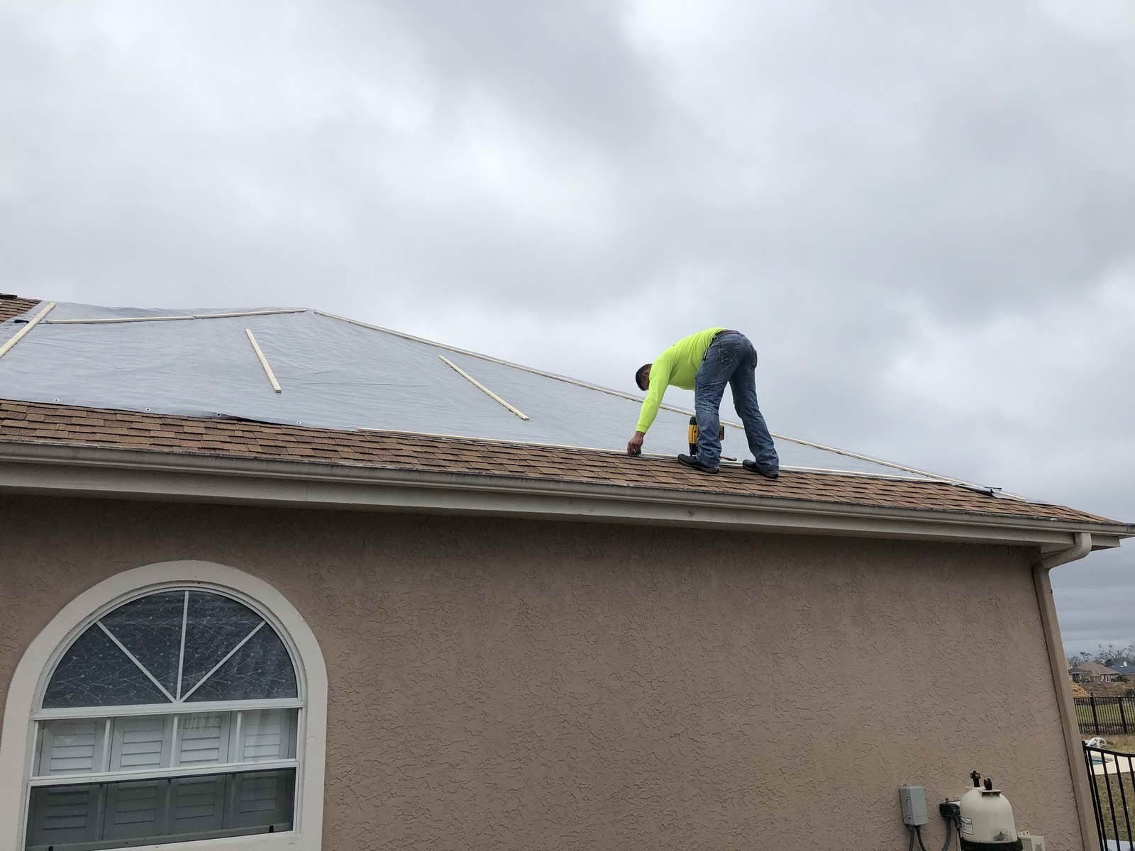 Roof Tarp Installation In Fort Lauderdale Fort Lauderdale Water Damage Repair Lauderdale