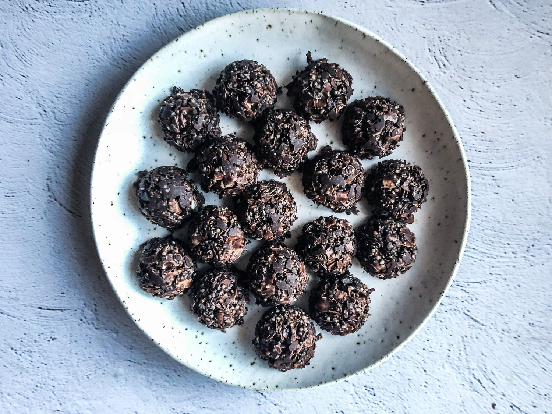 3ingredient toasted coconut clusters liv kaplan