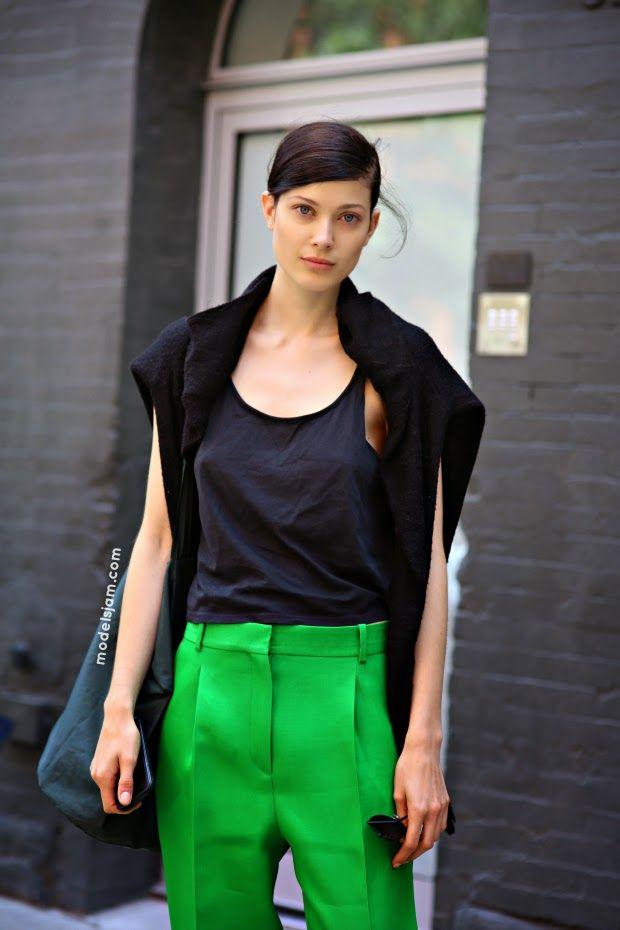 go for green. #LarissaHofmann #offduty in NYC.