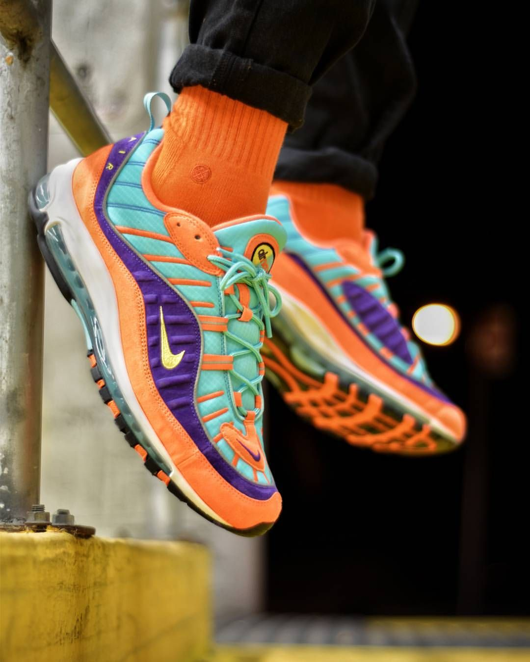 sports shoes 61460 315e3 Nike Air Max 98 | Sneakers in 2019 | Sneakers, Sneakers nike ...