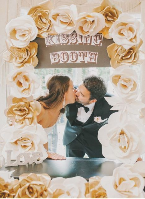 Funny kissing booth ideas for your wedding receptions pinterest funny kissing booth ideas for your wedding solutioingenieria Images