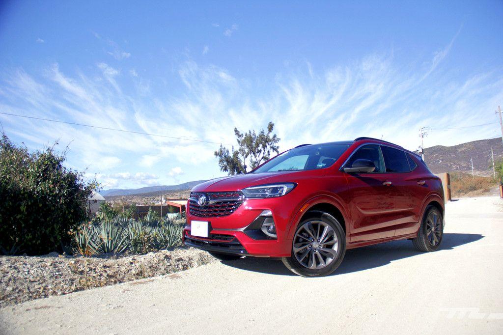 Buick Encore Gx Manejamos A Un Suv Premium Estadounidense Que Podria Hacerte Olvidar A Los Alemanes En 2020 Opel Mokka Sistema De Audio Automoviles
