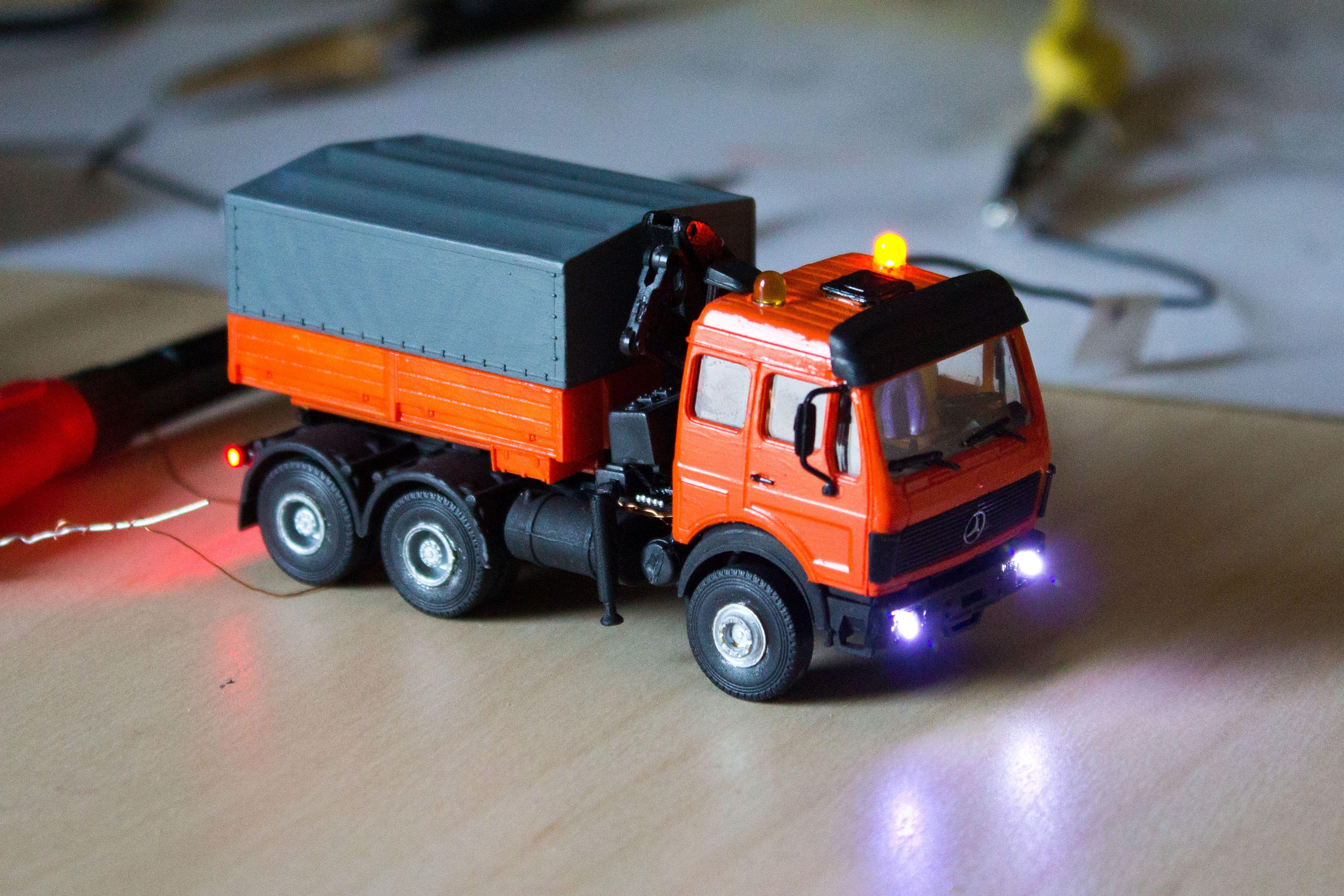 Umbau Eines Lkw S Mit Blinklichtern Und Beleuchtung Blinklicht Led Beleuchtung Modellbau Lkw
