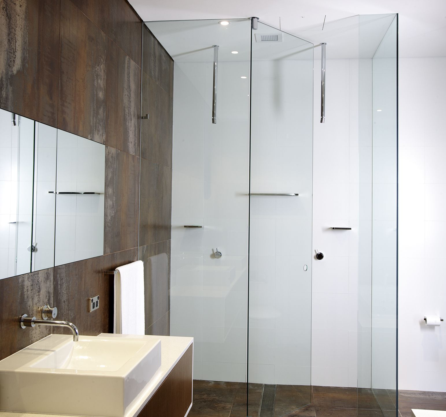 Enduroshield Easy Clean Treatment For Glass Shower Doors Cuts