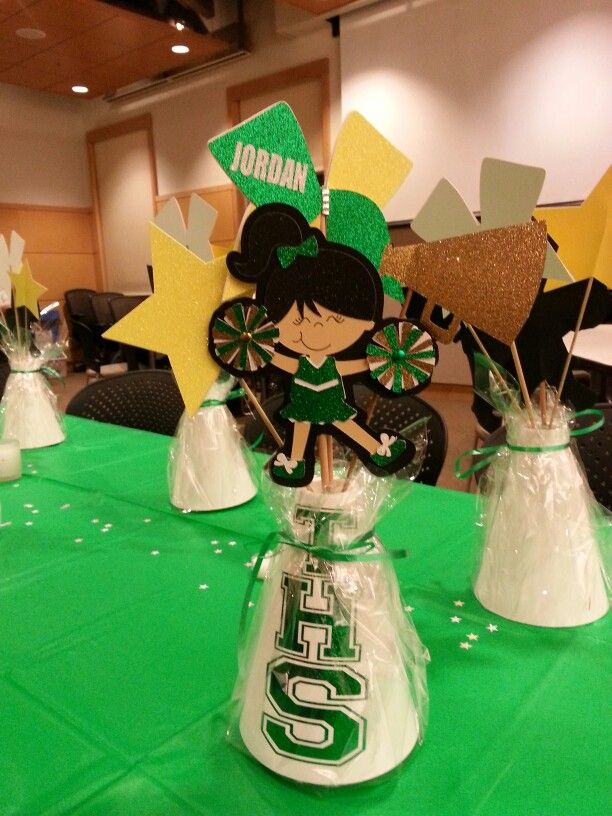 Cheer banquet centerpieces   Cheer Stuff   Cheer banquet ...
