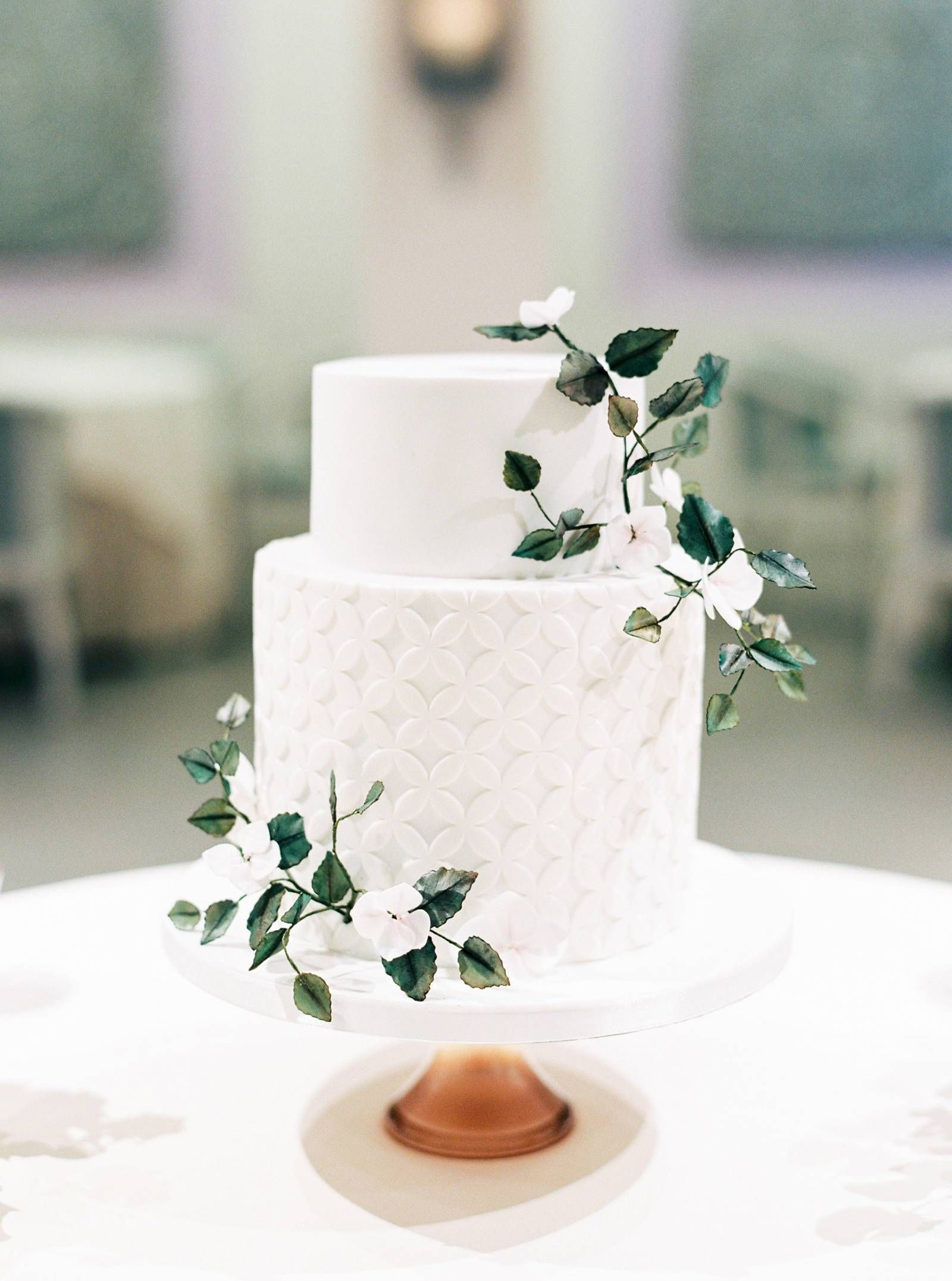 Best of 2018 | 12 of our favourite wedding cakes |  Year end favourite | Gallery | Item 12 via Magnolia Rouge