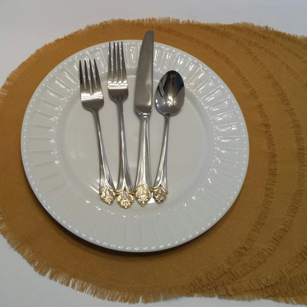Love this color?  Placemats can be square or rectangle,  too.  Napkins also available!