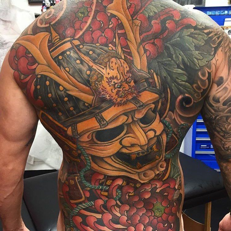 30 Delightful Yakuza Tattoo Designs Traditional Totems With A Modern Feel Check More At Http Yakuza Tattoo Girl Back Tattoos Half Sleeve Tattoos Traditional