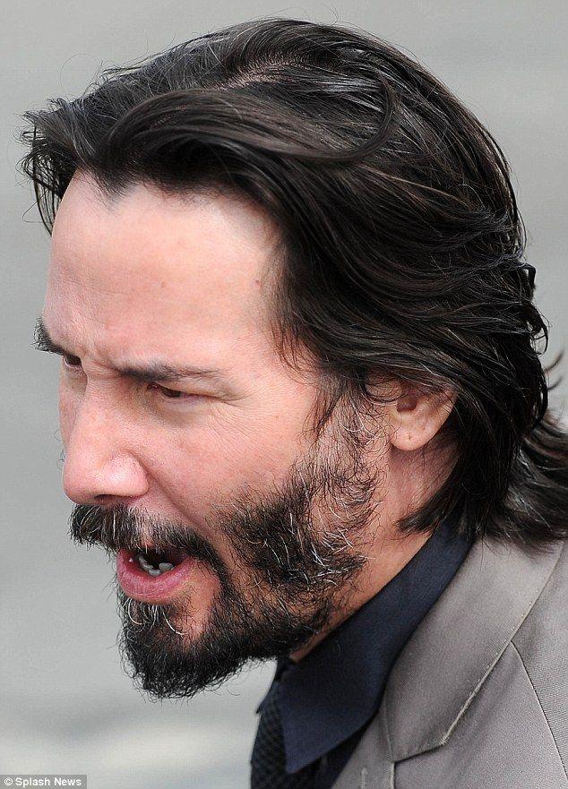 Keanu Reeves, 49, displays white patch on scalp, salt 'n ...