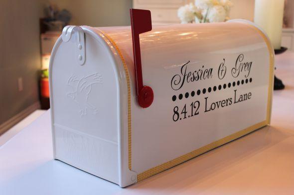 la boite aux lettres us dans toute sa splendeur   urne, mariages